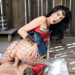 Cosplay Marley Brinx as Wonder Woman