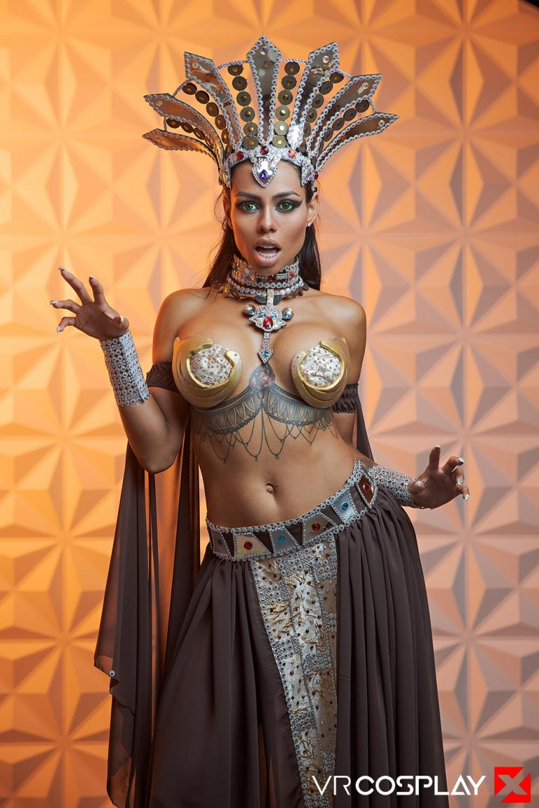 Queen of the damned VR cosplay