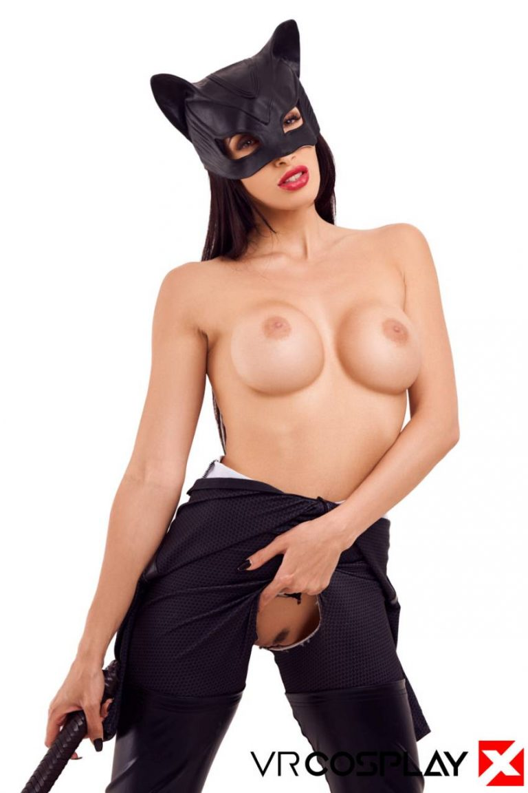 catwoman-vr-cosplay-porn-10