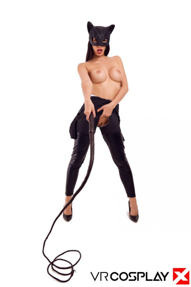 catwoman-vr-cosplay-porn-11