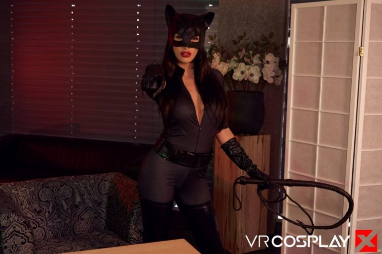 catwoman-vr-cosplay-porn-16