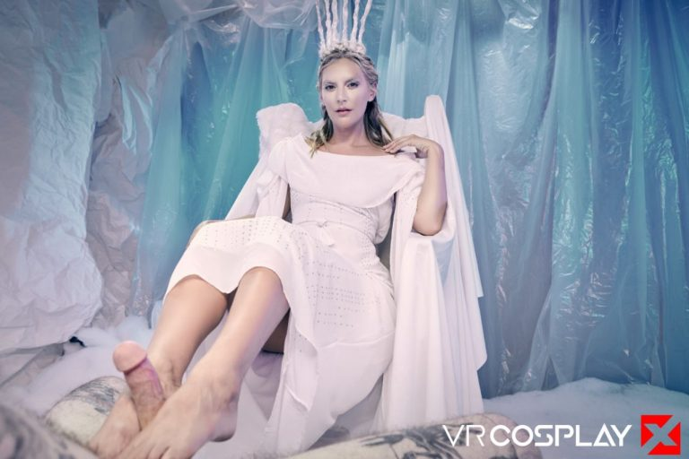vr-porn-cosplay-narnia-mona-wales-20